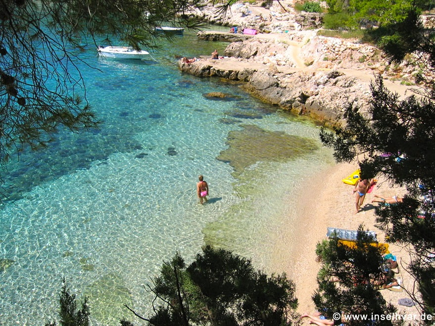 Hvar vacation rentals cloese to the beach